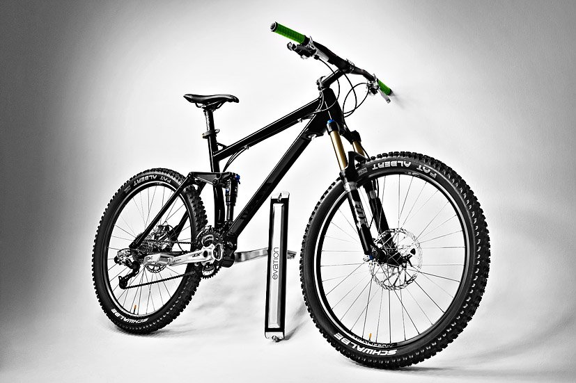 neuheit 2013 evation e bike antrieb f r e mountainbikes zum anbringen per klick update video. Black Bedroom Furniture Sets. Home Design Ideas