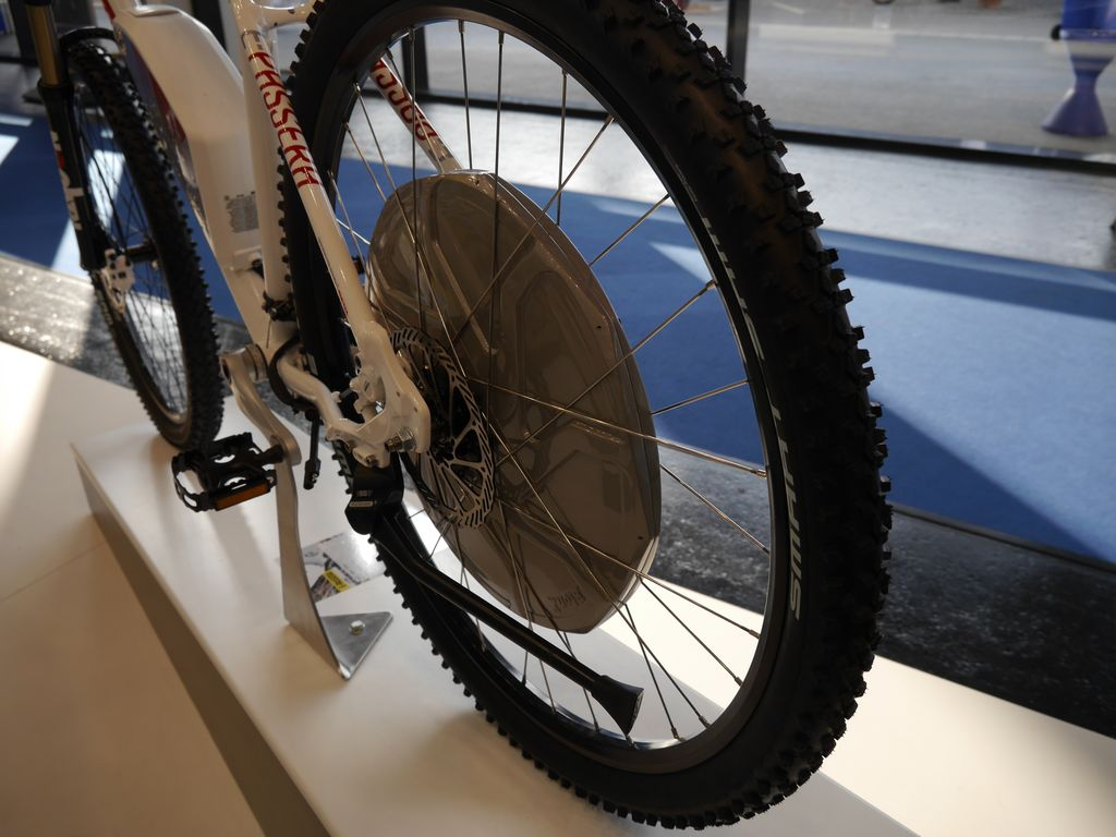 bionx d series e bike motor neuer naben antrieb mit hohem drehmoment f r den berg ebike. Black Bedroom Furniture Sets. Home Design Ideas