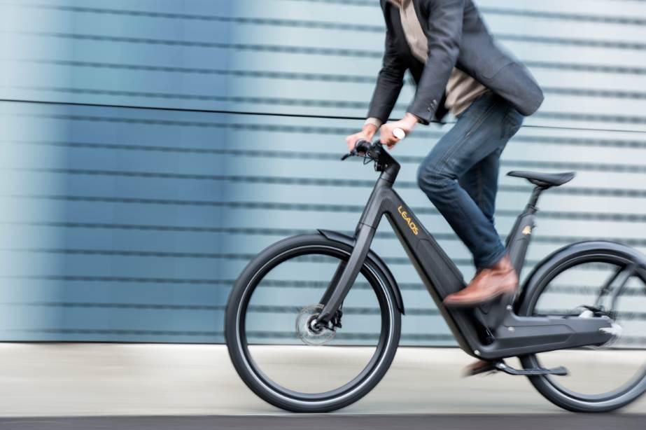 e bike leaos 2 0 berarbeitetes design pedelec mit 45 km. Black Bedroom Furniture Sets. Home Design Ideas