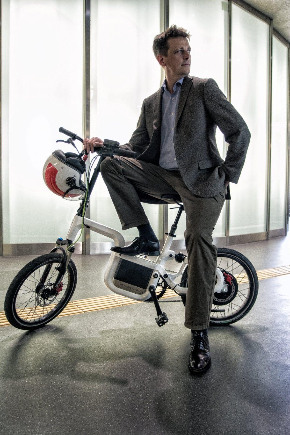 eurobike 2014 faltbares klever e bike q25 mit bluetooth. Black Bedroom Furniture Sets. Home Design Ideas