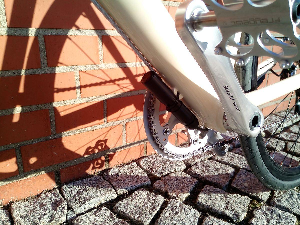 freygeist 12 kg designer bike mit motor ebike. Black Bedroom Furniture Sets. Home Design Ideas
