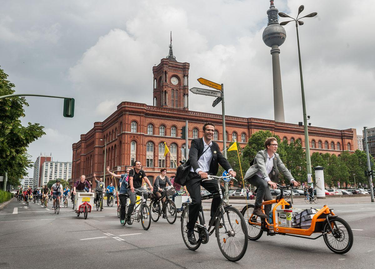 Volksentscheid Fahrrad: die Aktivisten haben in gut drei Wochen mehr als 100.000 Unterschriften gesammelt.