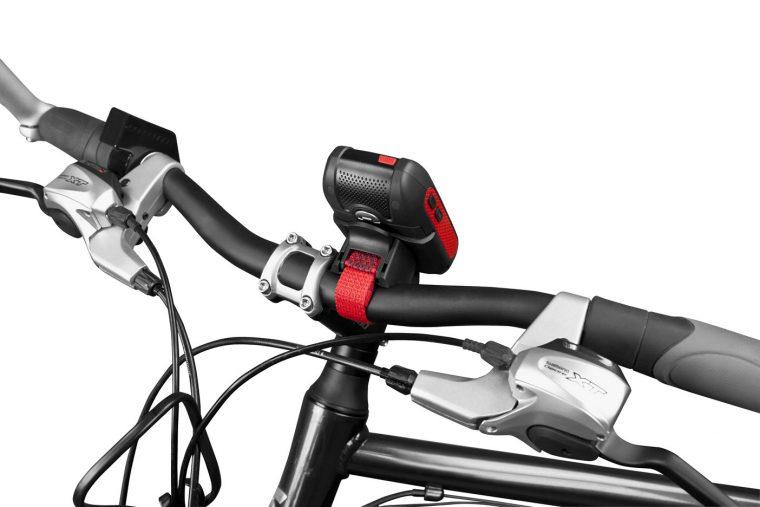 Fahrradhalterung gleich mitgeliefert - Das Falk LUX 22