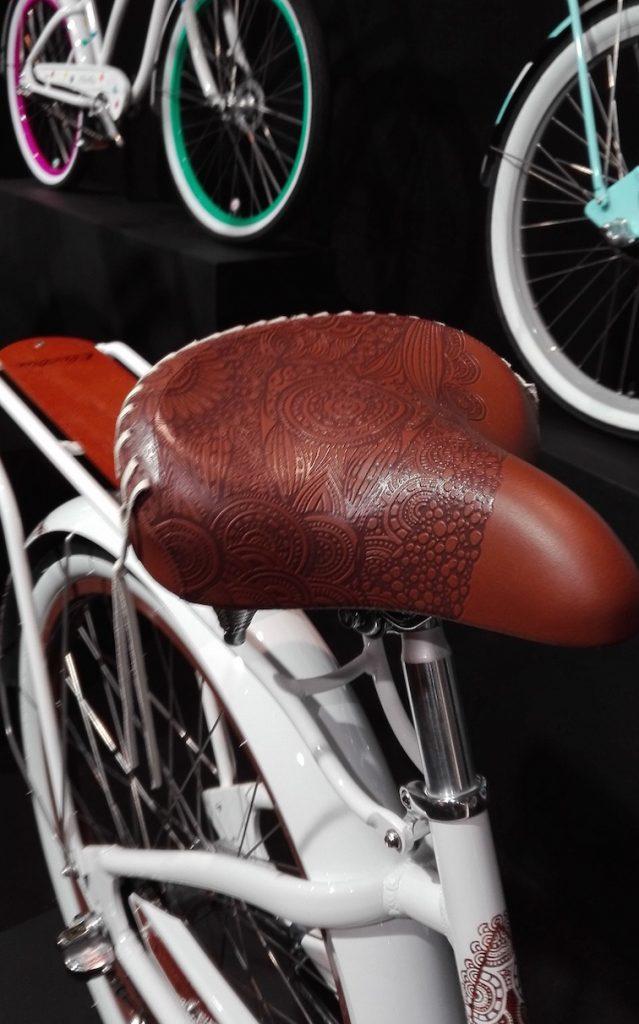 Feine Satteldetails bei Electra Bikes