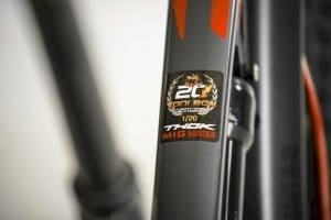 Logo Toni Bou am Thok e-Bike MIG