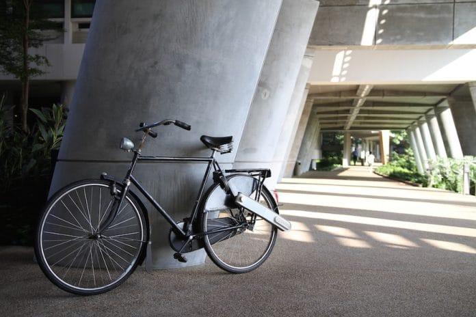 ansteck antrieb ease macht jedes rad zum e bike ebike. Black Bedroom Furniture Sets. Home Design Ideas