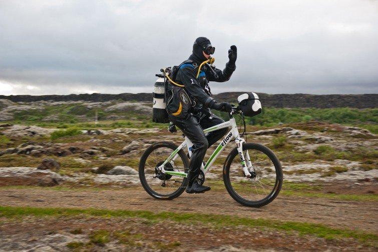 pedelec-adventures.com_Iceland-Challenge_2013_Pingvellir_Foto_S._Bruesch