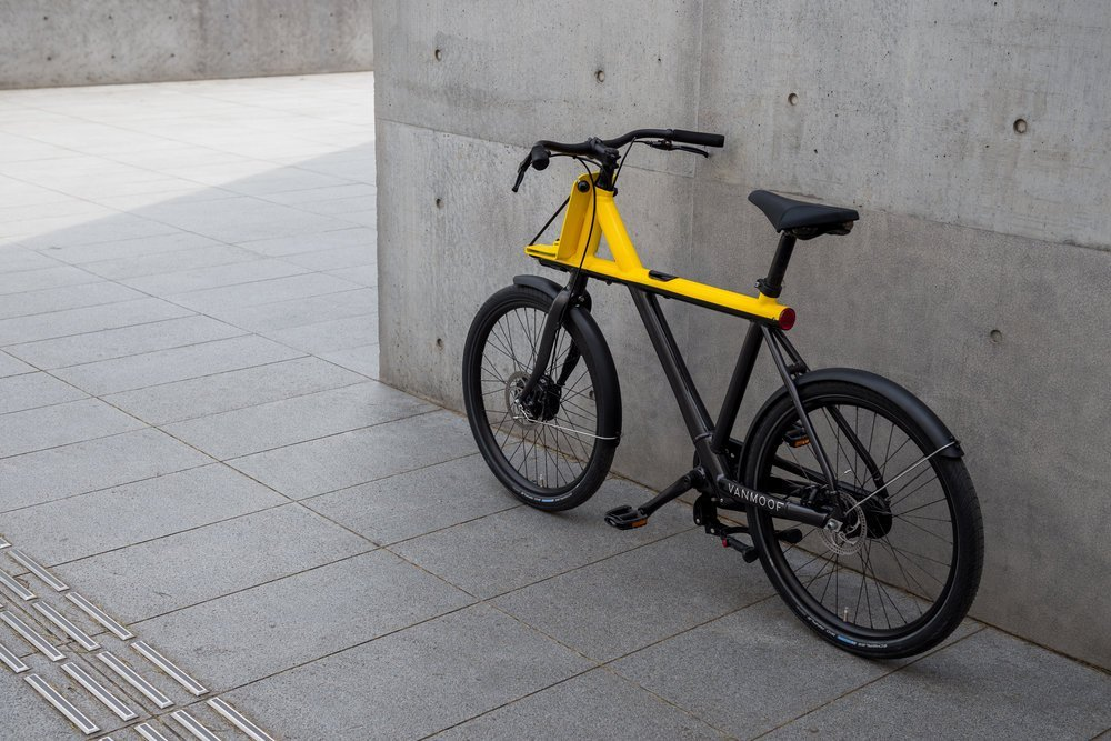 VanMoof Electrified X Schwarz-Gelb