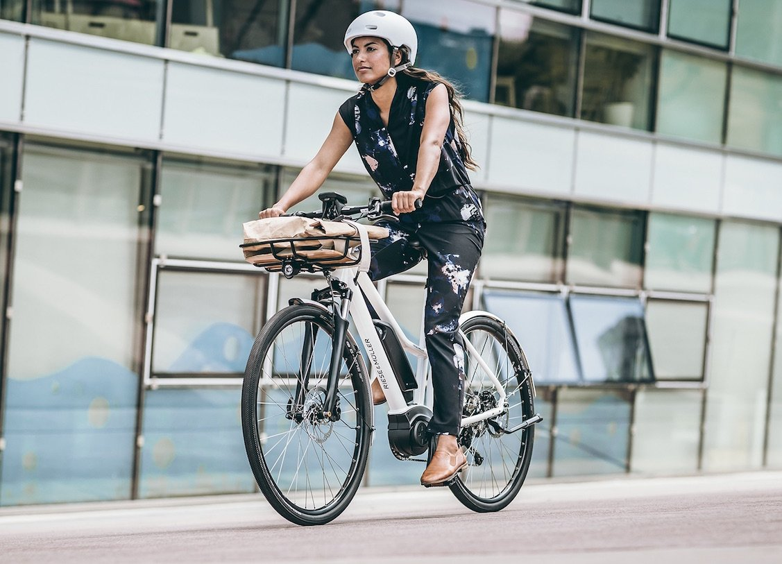 Detail Riese & Müller 2018_roadster-mixte-white-outdoor
