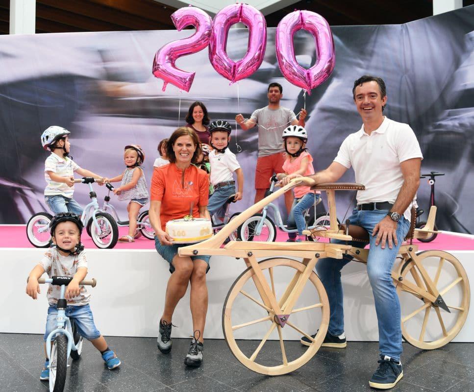 200 Jahre Fahrrad Aktion Foto Eurobike Show 2017
