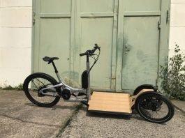 CD1 Cargo e-Bike vor Torausfahrt_800px