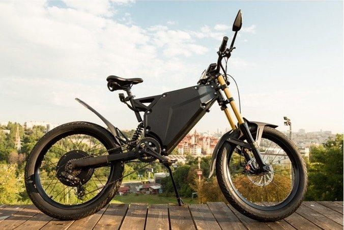 e bike trifft motorrad delfast auf kickstarter ebike