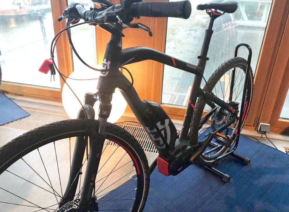 Foto Husqvarna e-Bikes Cross Tourer