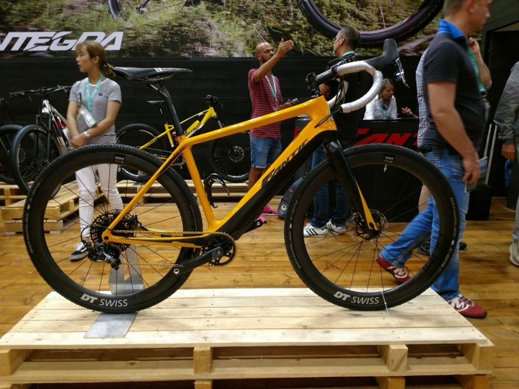 Fantic Gravel e-Bike 2018 Fantic e-Rennrad