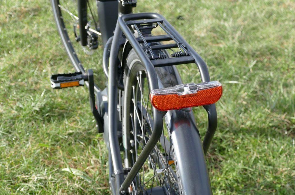Gepida City e-Bike Test Reptilia Pro Gepäckträger und Rücklicht