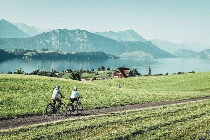 Flyer TX e-Bikes mit ABS in der Schweiz Probefahren Tour_2a