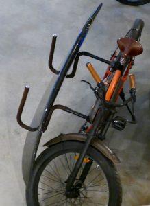 Rayvolt Cruzer e-Bike Barcelona Surfbord Halterung