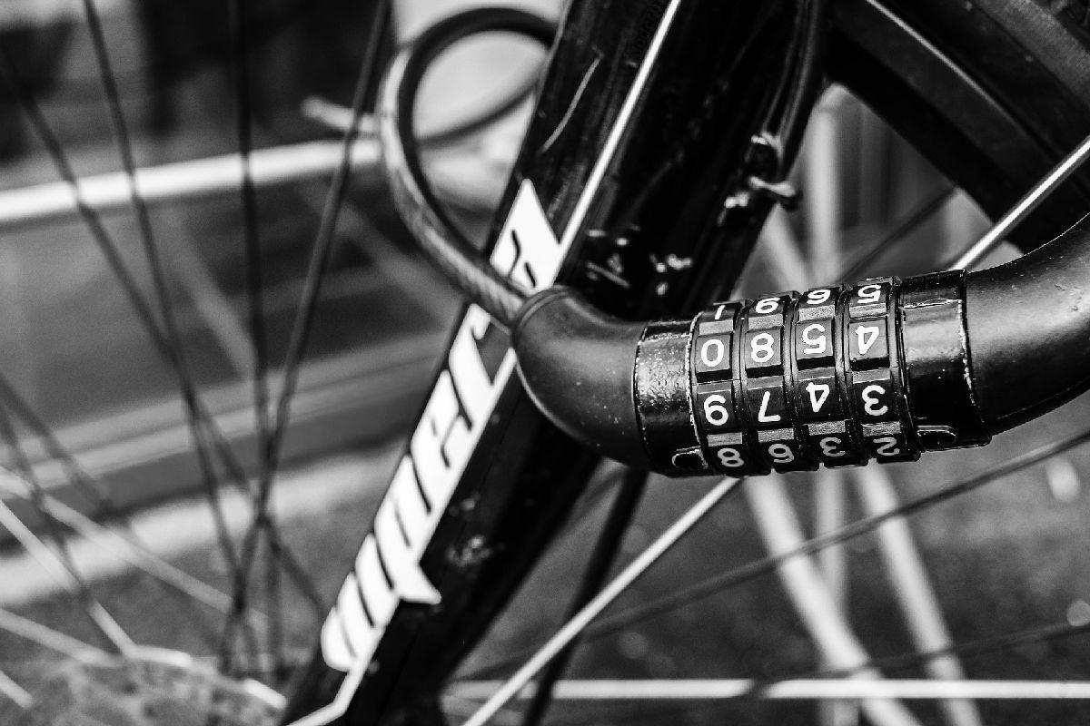 Bei den meisten E-Bike Versicherungen ist ein Fahrradschloss Pflicht - eBikeNews