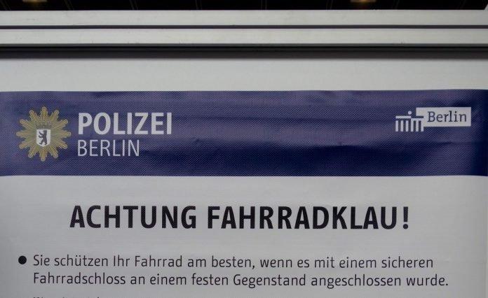Tipps Diebstahlsicherung Fahrrad e-Bike von der Polizei Berlin DSC05367