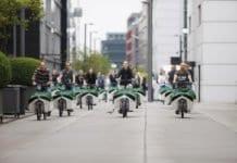 Pressefoto_Donk-EEs_radeln_durch_den_Rheinauhafen_2_Foto_NATURSTROM_AG