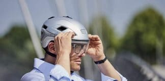 Radfahrer mit KED Helm B-VIS Lite | Foto: KED