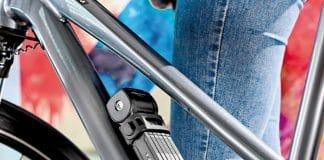 Trelock FS 380 Trigo Plus mit X-MOVE® Halter am Unterrohr befestigt (Foto: Trelock)