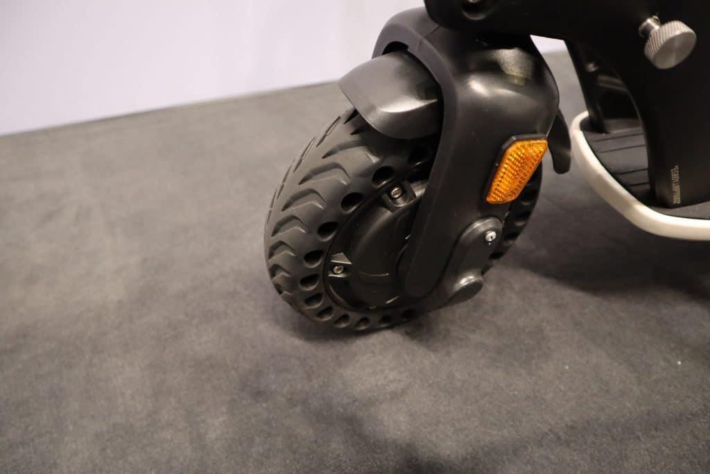 Die Reifen des Trekstor EG-31 - E-Scooter mit Straßenzulassung