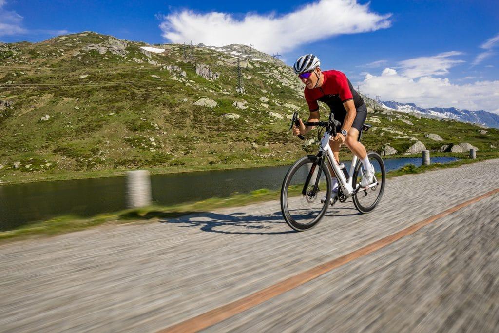 Maxon Mittelmotor Einsatz im Rennrad - ebike-news