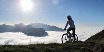 Sind E-Mountainbikes für Frauen sinnvoll? - eBikeNews