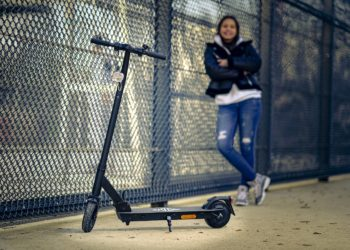 EM2GO FW103ST: neuer E-Scooter mit Straßenzulassung - eBikeNews