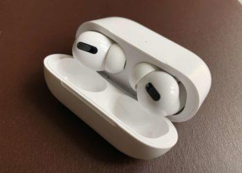 Apple AirPods Pro in der Ladehülle (Detailansicht)