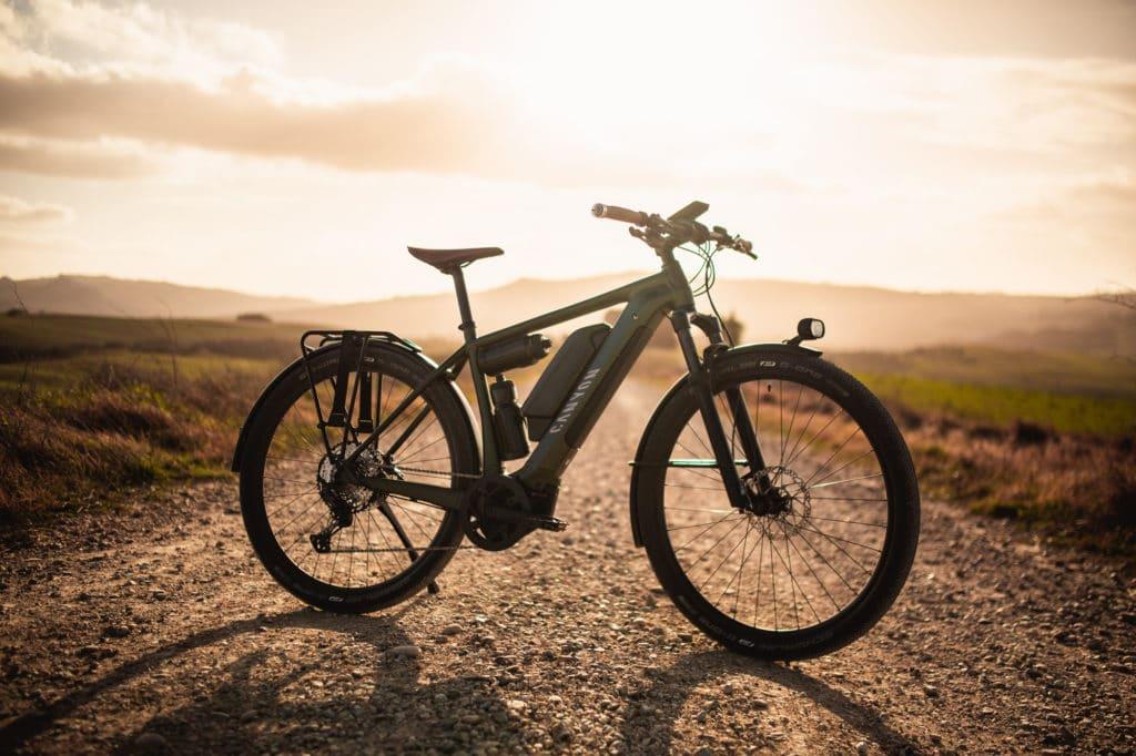 Das Canyon Pathlite:ON zeigt sich als Allrounder E-Bike