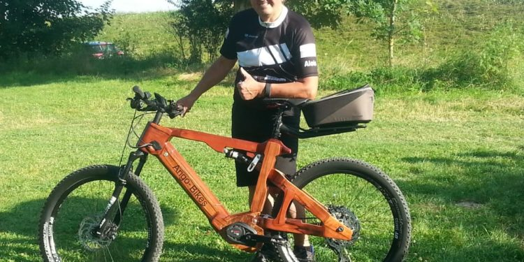 Holz-E-Bike Fully - eBikeNews