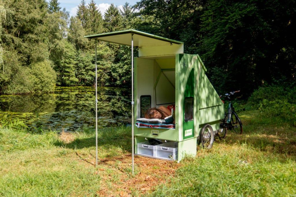 Scout E-Bike-Anhänger Bett - eBikeNews