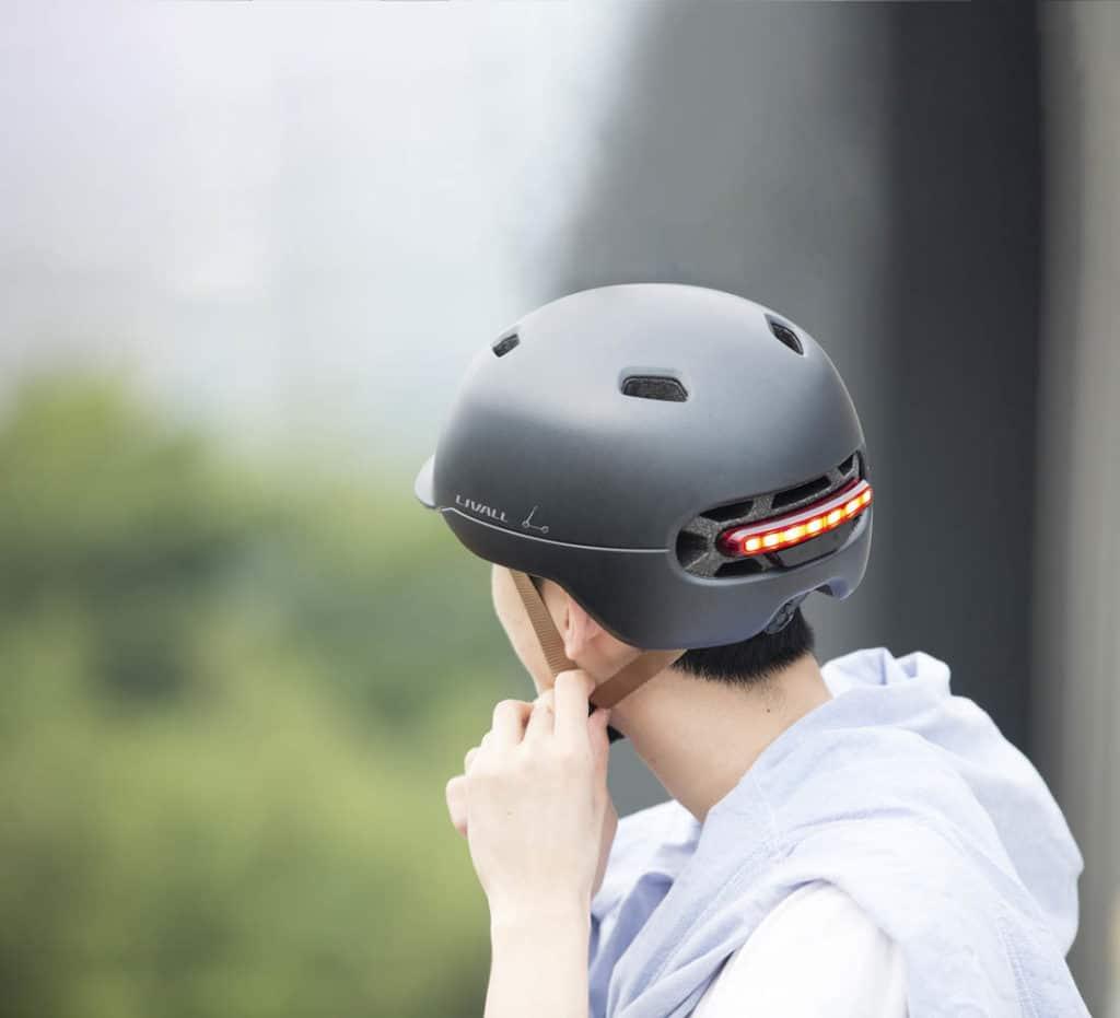 LED Bremslich am Helm - eBikeNews